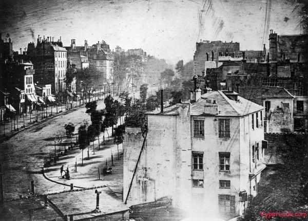 Boulevard du Temple by Daguerre 600x431