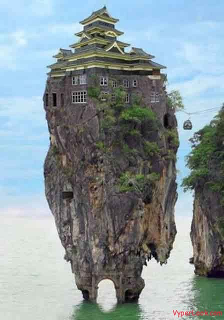 amazing rock house Amazing Rare Pictures as seen on CoolWeirdo.com