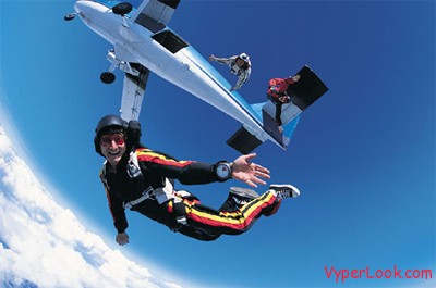 airplane-no-parachute-2