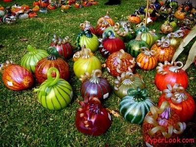 glass-pumpkins-05