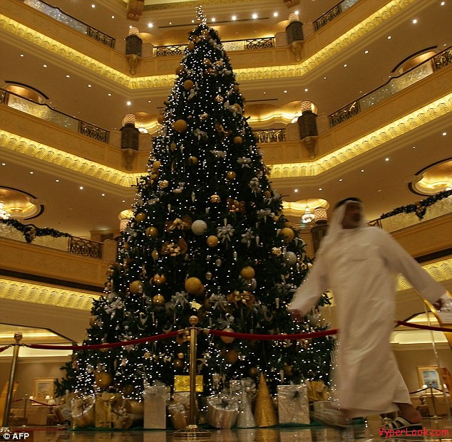 Worlds Most Expensive Christmas Tree Worlds Most Expensive Christmas Tree Ever Pictures Seen on www.VyperLook.com