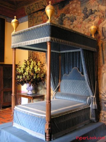 Chenonceau castle bedroom