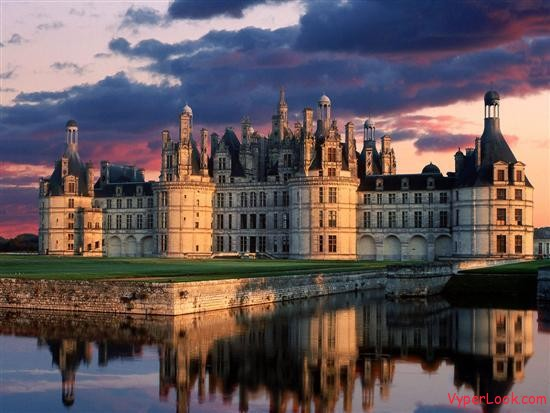 The Chateau of Chambord Castles of the World Inside And Out Pictures Seen on www.VyperLook.com