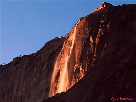 Last-Light-Horsetail-Falls-Yosemite-National-Park-California