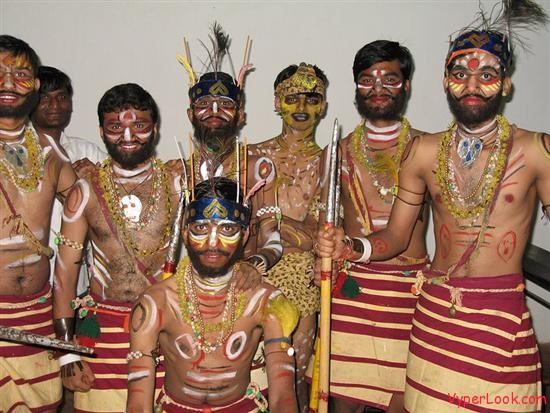tribal dancers The Secrets Behind The Simple Smile Pictures Seen on www.VyperLook.com