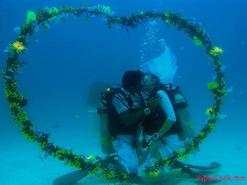 Amazing underwater wedding video