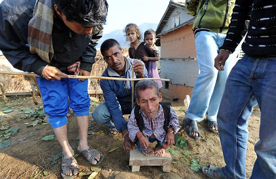 Nepal Worlds shortest man 9