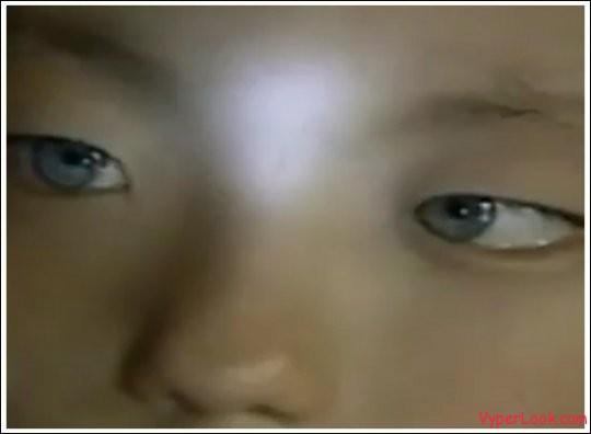 nong-youhui-cat eyes boy