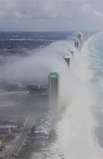 tsunami wave cloud Florida 4