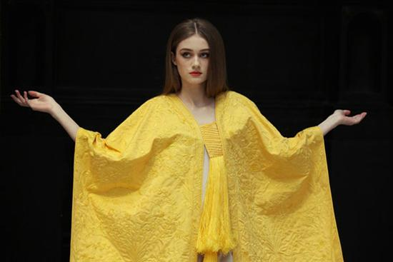 yellow Dress made of spider webs 2