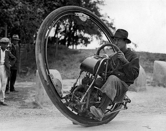 one wheel motorcycle 1925