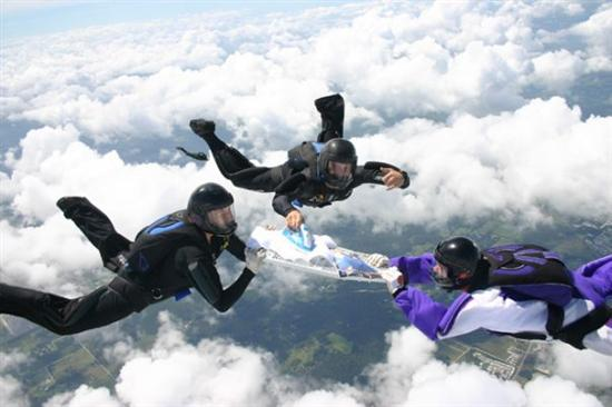 extreme ironing Weirdest Competitions In The World Pictures Seen on www.VyperLook.com