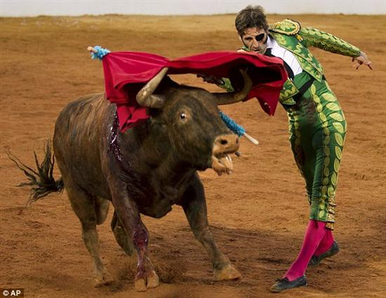 juan jose padilla post bull gore Most Amazing and Shocking Bullfights Pictures Seen on www.VyperLook.com