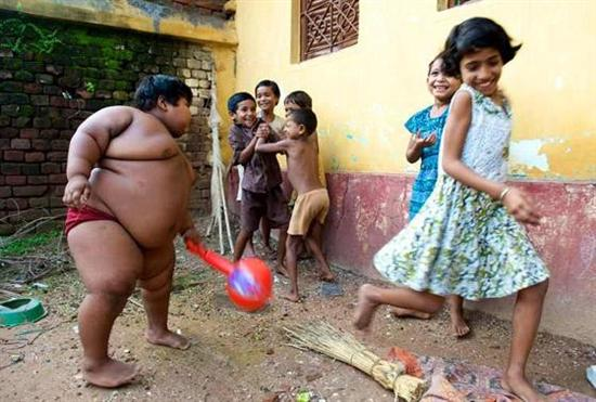 Suman Khatun 2 Fattest Kids In the World as seen on CoolWeirdo.com
