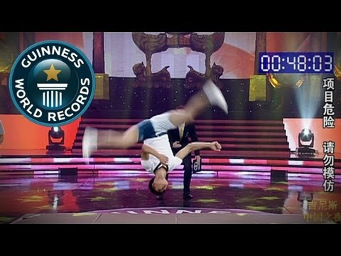Most cartwheels in a minute without hands