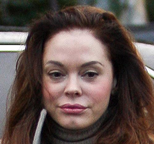 Rose McGowan Braves the Rain for Madewell