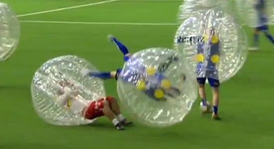 boblefotball1 Top Funniest Boblefotball   Bubble Football/Soccer Videos Pictures Seen on www.VyperLook.com