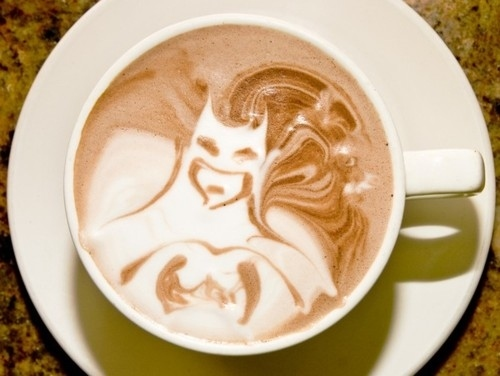 batman foam art Coolest Coffee Foam Art as seen on CoolWeirdo.com