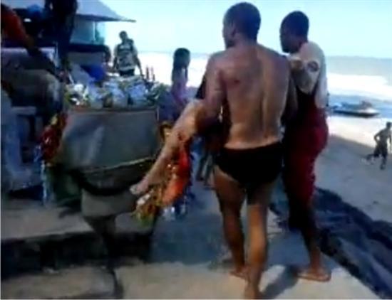 Bruna Gobbi attaked by shark 5