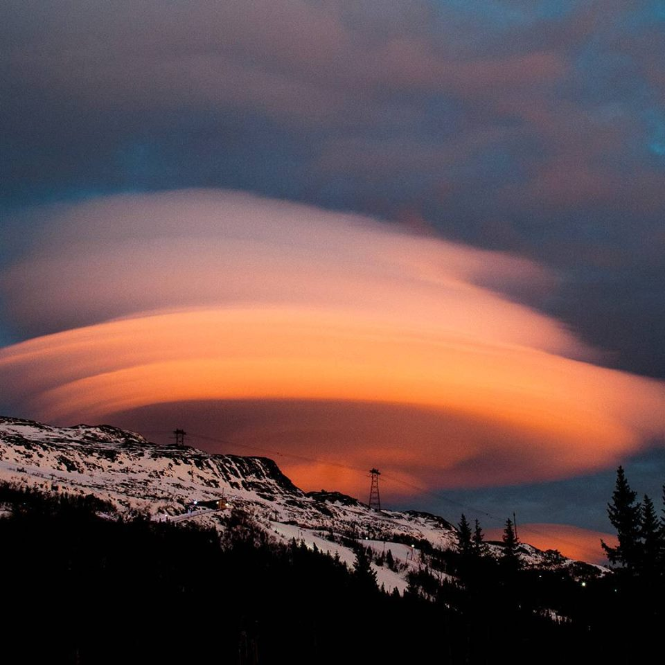 ufo cloud sweden
