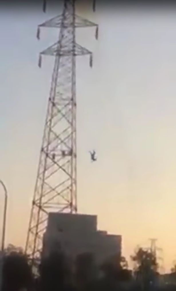 Man hit by 30000 volts of electricity and falls 30 m