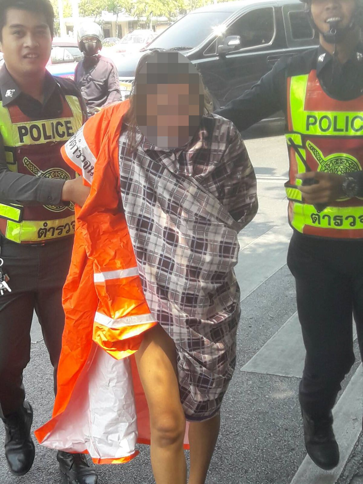 police found naked woman wandering the streets of Bangkok