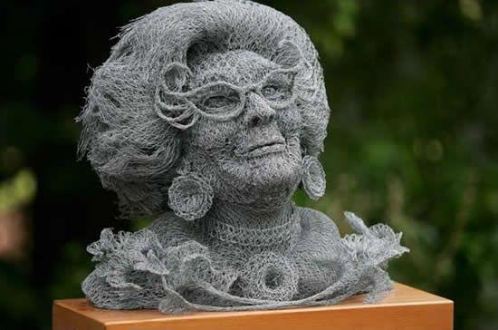 182387sculptures wire01