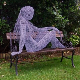 182387wire sculpture