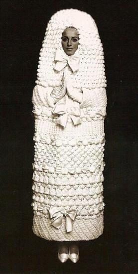 212421weird wedding dress 9 Funniest Wedding Dresses Pictures Seen on www.VyperLook.com