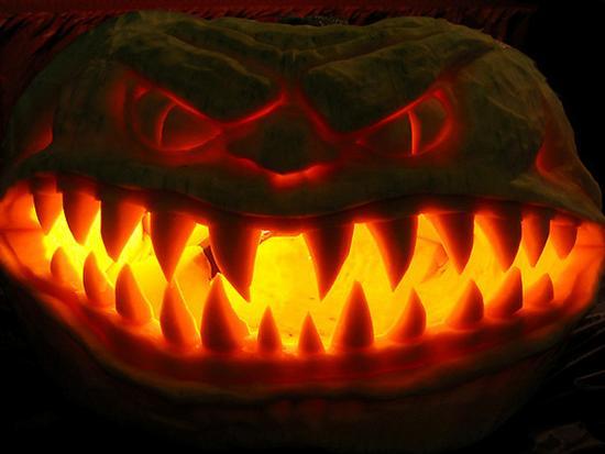256767scarry pumpkin 3