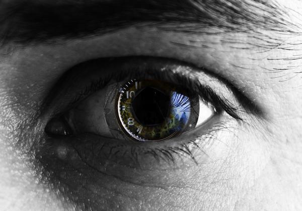 595484Most Weird Eyes Lenses Photos (16)