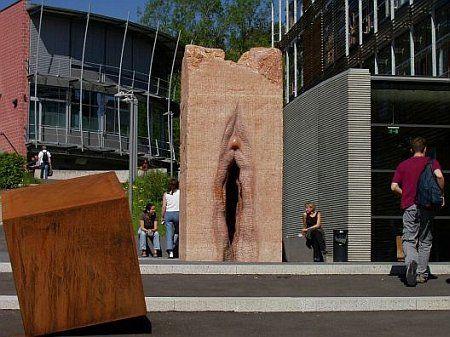 620366the strangest monuments10